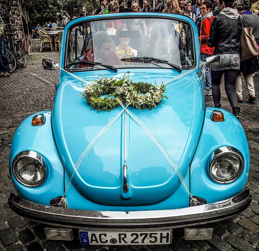 WW Wedding-Wagen | LEICA TRI-ELMAR 28-35-50MM F4 ASPH <br> Click image for more details, Click <b>X</b> on top right of image to close